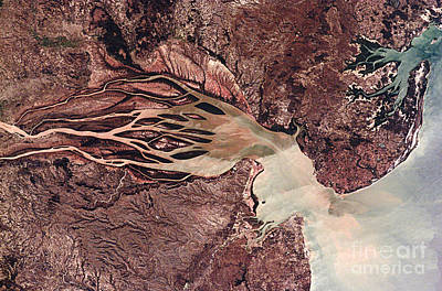 Bombetoka Bay, Madagascar, Satellite Art Print by NASA / Science Source
