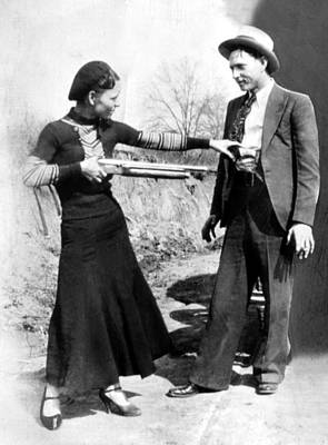 1930s Candid Photograph - Bonnie Parker And Clyde Barrow, 1933 by Everett