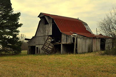 Colored Pencils - Bootheel Barn by Marty Koch
