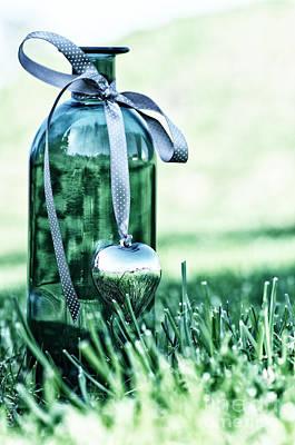 Romantik Photograph - Bottle by Tanja Riedel