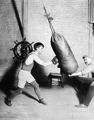 Boxing: Bat Nelson, 1920 Art Print by Granger