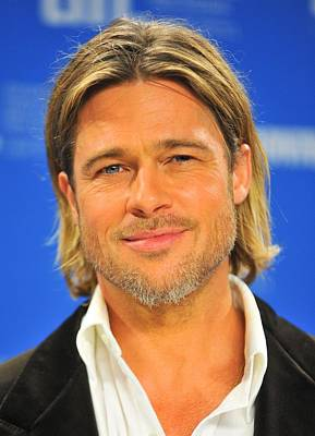 Brad Pitt At The Press Conference Art Print by Everett