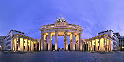 Brandenburger Tor Berlin Print by Greta Schmidt