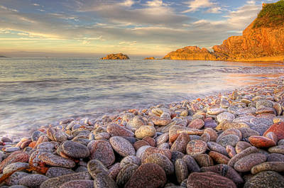 Breakwater Beach Art Print by Phil Hemsley