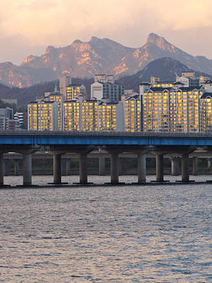 Bridge Over Han River In Seoul, South Korea Art Print