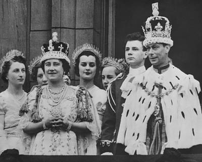 Ladies In Waiting Photograph - British Royalty. Front Row British by Everett