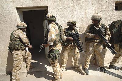 British Troops Training In Iraq Art Print by Andrew Chittock