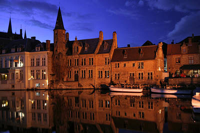 Jeka World Photograph - Bruges By Night by Jeff Rose