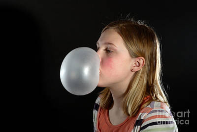 Highspeed Photograph - Bubblegum Bubble 3 Of 6 by Ted Kinsman