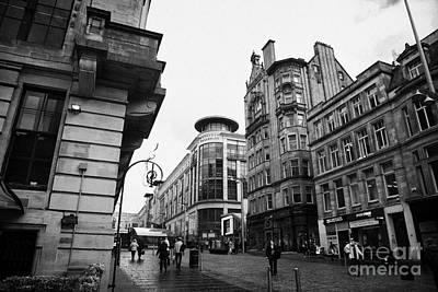 Buchanan Street Shopping Area On A Cold Wet Day In Glasgow Scotland Uk Art Print by Joe Fox