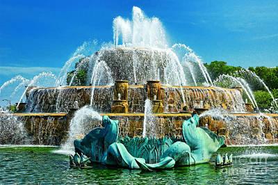 Buckingham Fountain - Chicago Art Print by JH Photo Service
