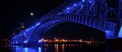 Photograph - Buffalo Under The Bridge by Guy Whiteley