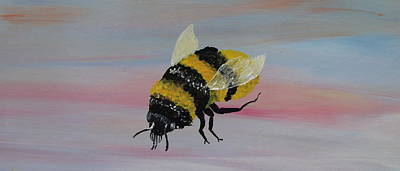 Silver Moonlight Painting - Bumble Bee by Mark Moore