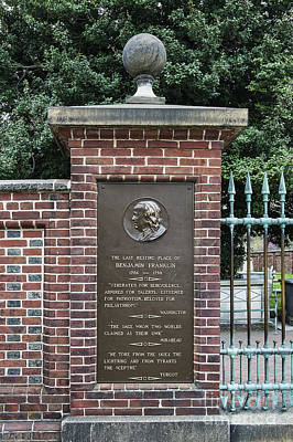 Burial Site Of Ben Franklin Art Print by John Greim