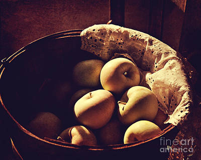 Photograph - Bushel Of Apples by Pam  Holdsworth