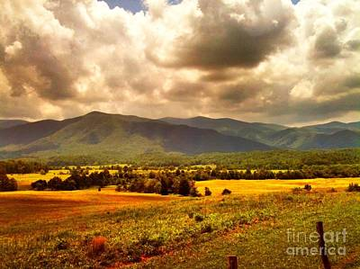 Cades Cove Art Print by Janice Spivey