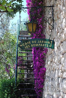 Cafe Du Jardin Art Print