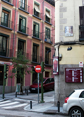Photograph - Calle De Vergara Madrid by Lorraine Devon Wilke