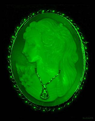 Cameo In Green Art Print by Rob Hans