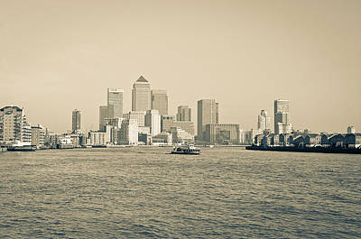 Photograph - Canary Wharf Cityscape by Lenny Carter
