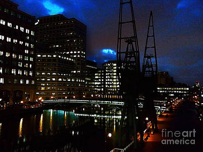 Canary Digital Art - Canary Wharf by The DigArtisT