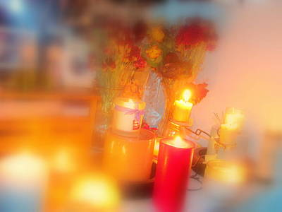 Candle Llight Art Print by Amy Bradley