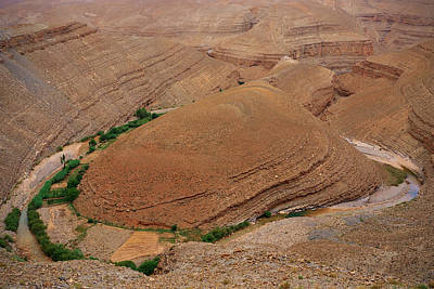 Curves Photograph - Canyon by Ivan Slosar