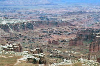 Photograph - Canyonland Park Valleys by Dan Friend