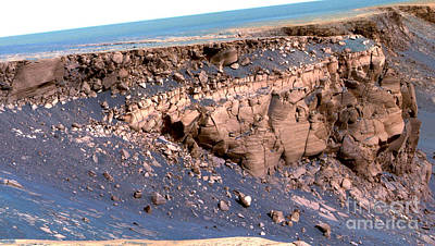 Cape St. Vincent, Mars Print by Nasa