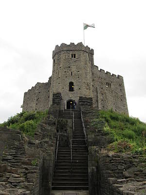Photograph - Cardiff Castle by Ian Kowalski
