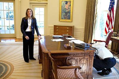 Obama Family Photograph - Caroline Kennedy Schlossberg Visits by Everett