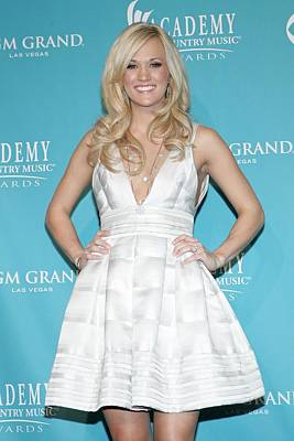 Full Skirt Photograph - Carrie Underwood Wearing A Rafael by Everett