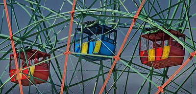 Cars Of Coney Island's Wonder Wheel Art Print by Ercole Gaudioso
