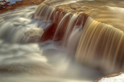 Akron Falls Photograph - Cascade At Blue Hen Falls by Jennifer Grover