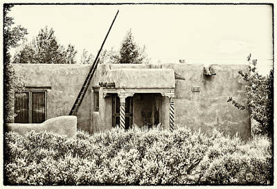 Photograph - Casita In Taos Nm Old Print by Charles Muhle