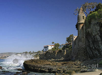 Photograph - Castle At Laguna Beach by Tom Griffithe
