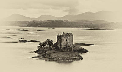 Castle Stalker Art Print by Chris Thaxter