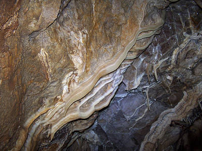 Photograph - Cave Formations 34 by Ernie Echols