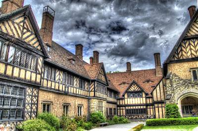 Cecilienhof Palace At Neuer Garten Berlin Art Print by Jon Berghoff