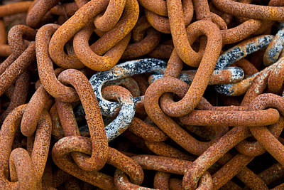 Photograph - Chains by David Freuthal