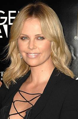Charlize Wall Art - Photograph - Charlize Theron At Arrivals by Everett