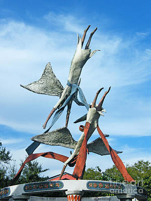 Photograph - Chauvin Sculpture Garden Diving Angels by Lizi Beard-Ward