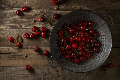 Y120817 Photograph - Cherries by Lew Robertson