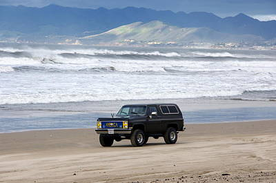 Photograph - Chevy On Beach by Jeff Lowe