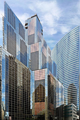 Hyatt Hotel Photograph - Chicago - One South Wacker And Hyatt Center by Christine Till