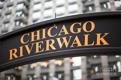 Riverwalk Photograph - Chicago Riverwalk Sign by Paul Velgos