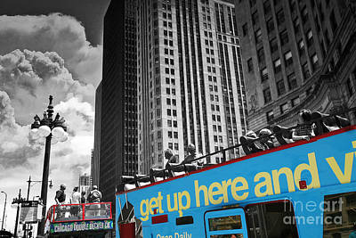 Chicago Tour Bus Print by Madeline Ellis