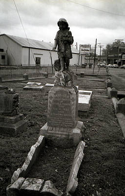 Toy Shop Photograph - Child Grave by Doug Duffey