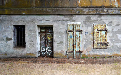 Photograph - Choose Your Door by Matt Hanson