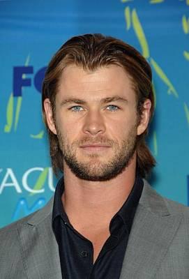 Teen Choice Awards Photograph - Chris Hemsworth In The Press Room by Everett